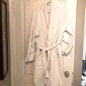 COPY - Authentic Carnival Cruise Suite Robe.  Uni…
